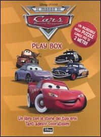 Il Mondo di Cars. Play Box. Libro Puzzle con Adesivi.