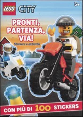 Pronti, Partenza, Via! Lego City. Con Adesivi