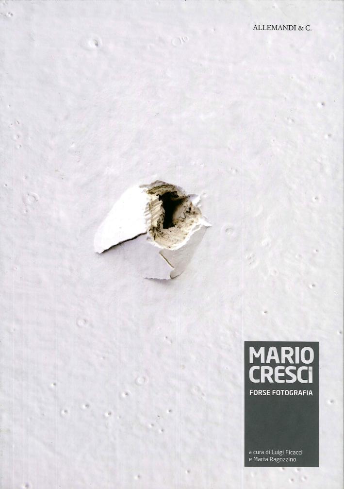 Mario Cresci. Forse Fotografia