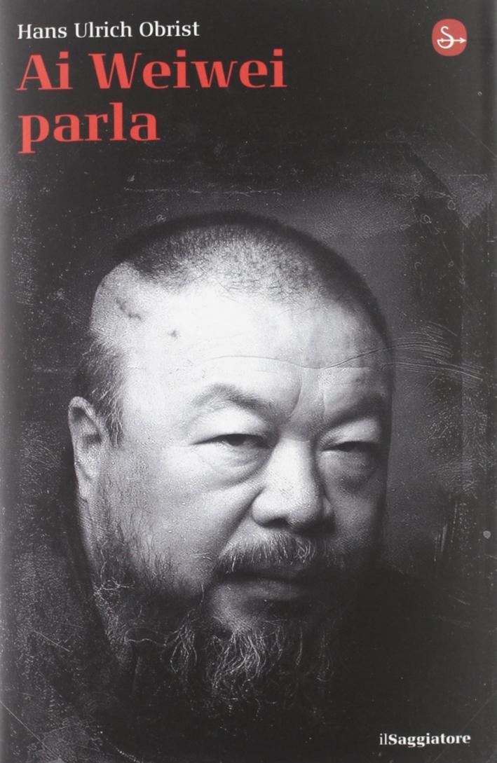 Ai Weiwei parla.