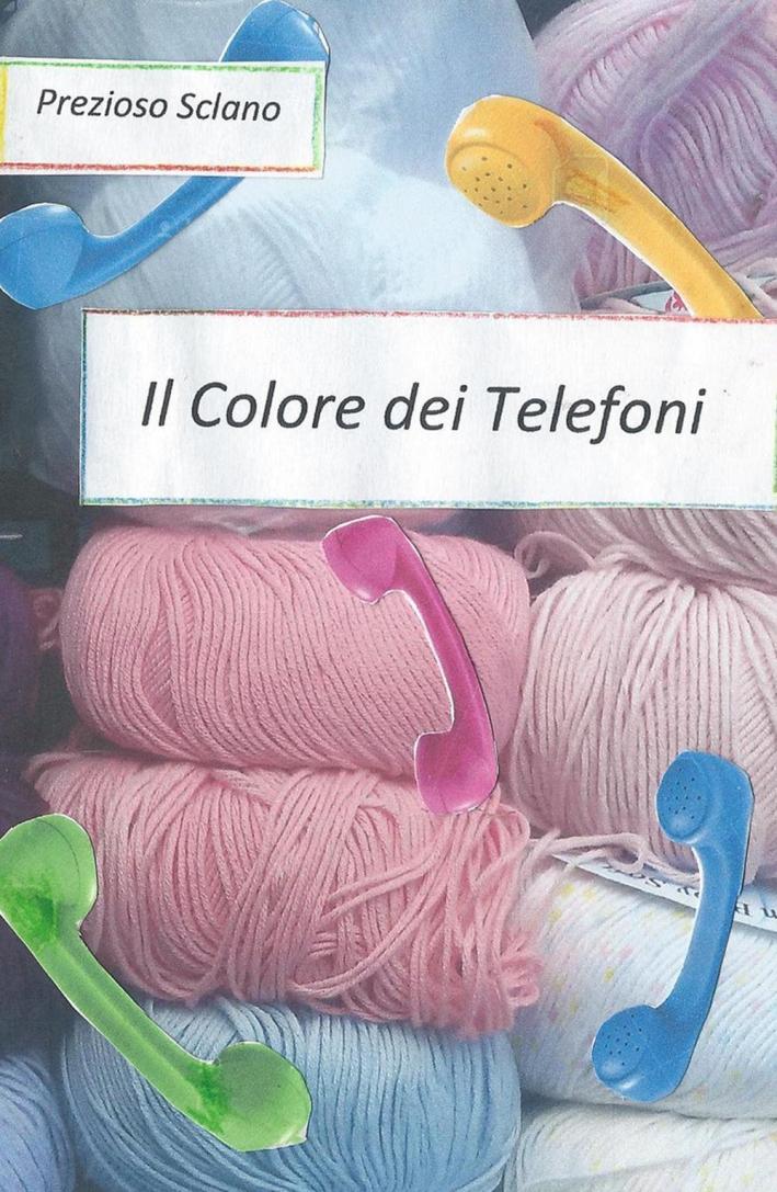 Il colore dei telefoni.